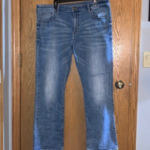 American Eagle Relaxed Straight Extreme Flex Jeans